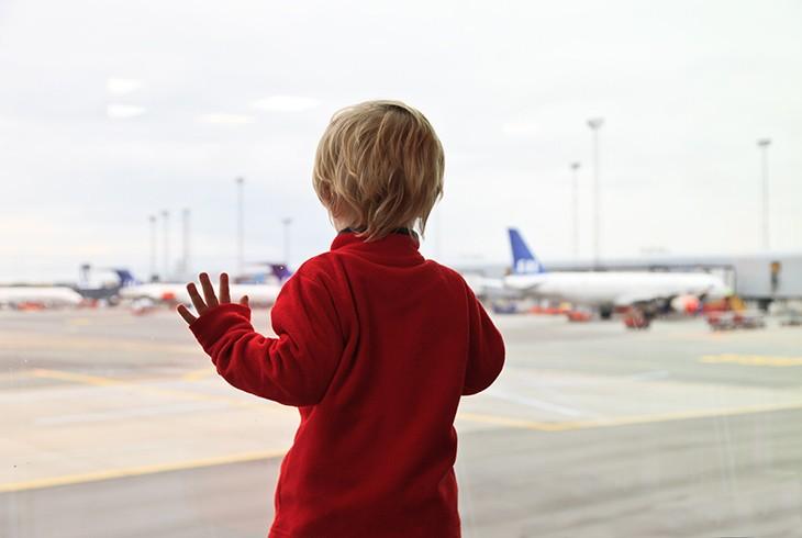 Niños en el avión