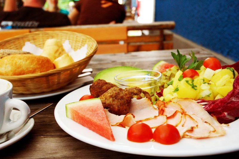 Curiosidades del mundo sabes c mo es un desayuno for Desayuno frances tradicional