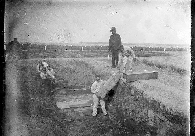 7-Hart_Island_1890