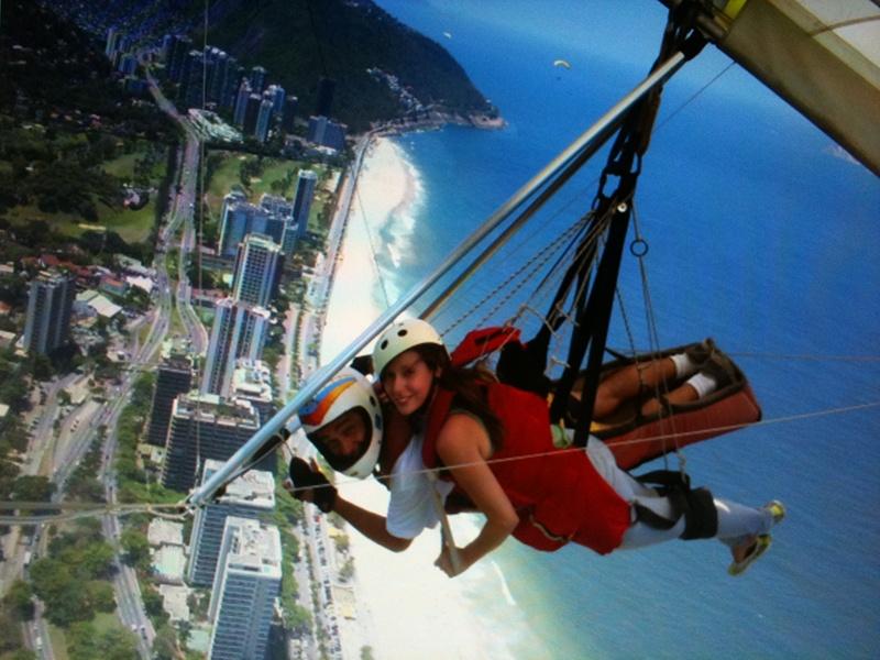 Sara practicando deportes de aventura en Brasil