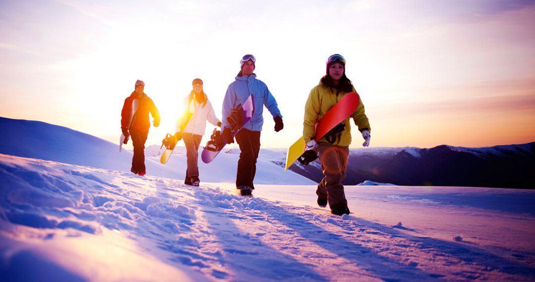 Viajes a la nieve: Prepara el equipo, el forfait o el seguro de esqui