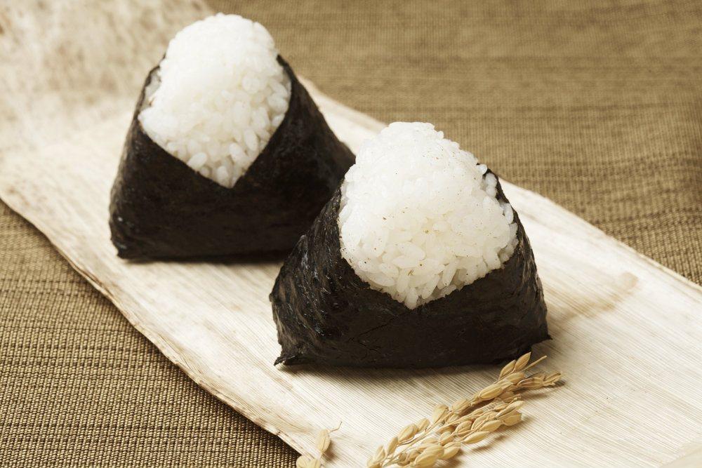 Sushi con arroz
