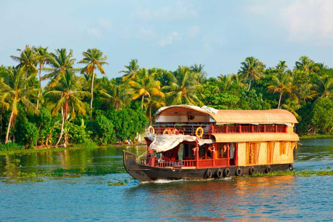 casas barco en la india
