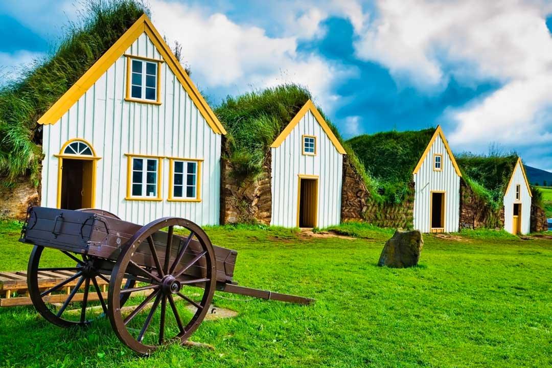 islandia en verano te permite alojarte en una granja y disfrutar de la naturaleza