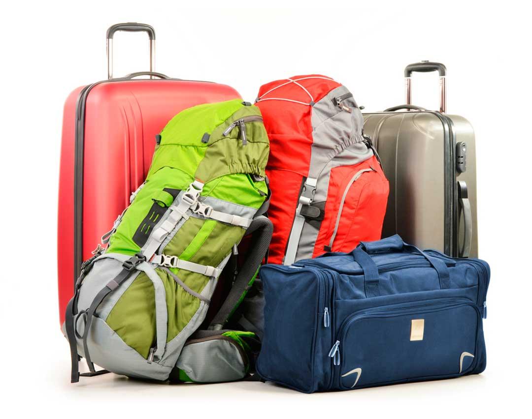 A la hora de hacer el equipaje de mano de avión, es importante pensar en el trayecto de casa al aeropuerto y en lo que recorreremos en el destino junto a nuestra maleta de cabina.