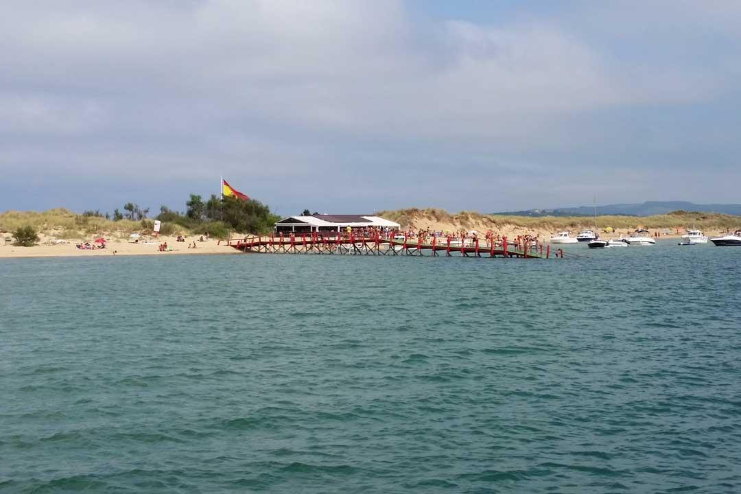 La del Puntal es una de las mejores playas de España