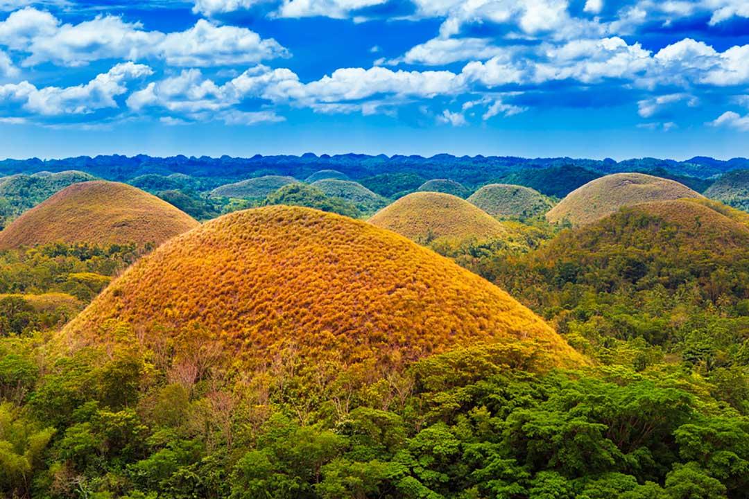 Lo mejor de un viaje a Filipinas es difícil detallarlo, pero no te pierdas las Colinas de Chocolate.