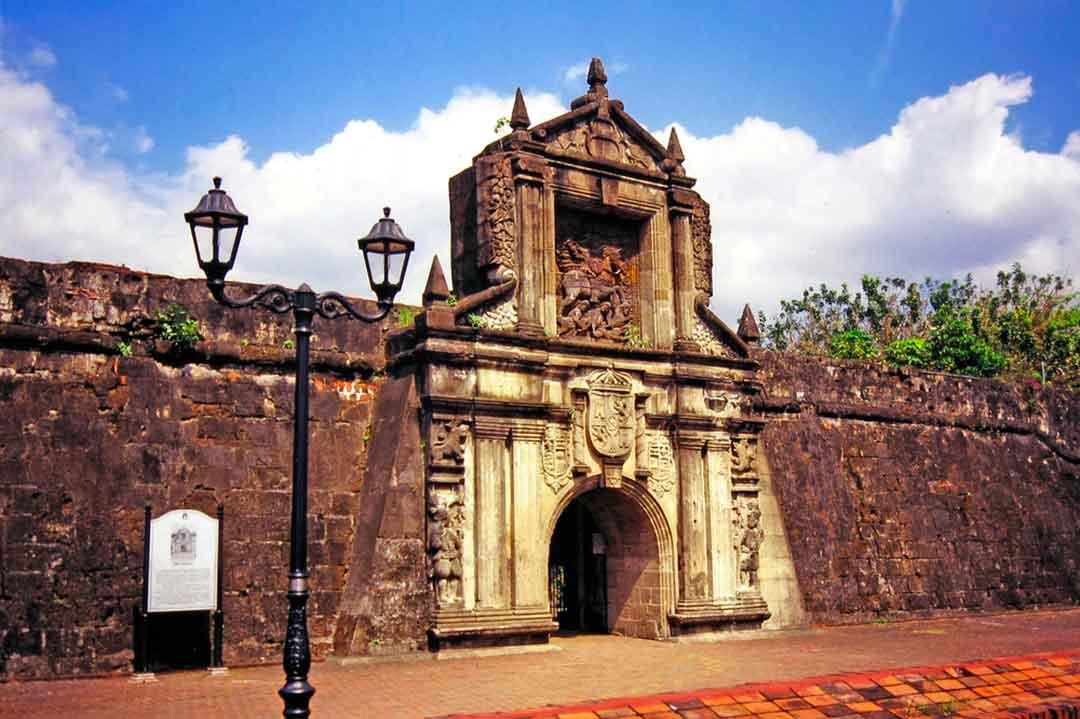 Intramuros es uno de los imprescindibles que ver en Filipinas