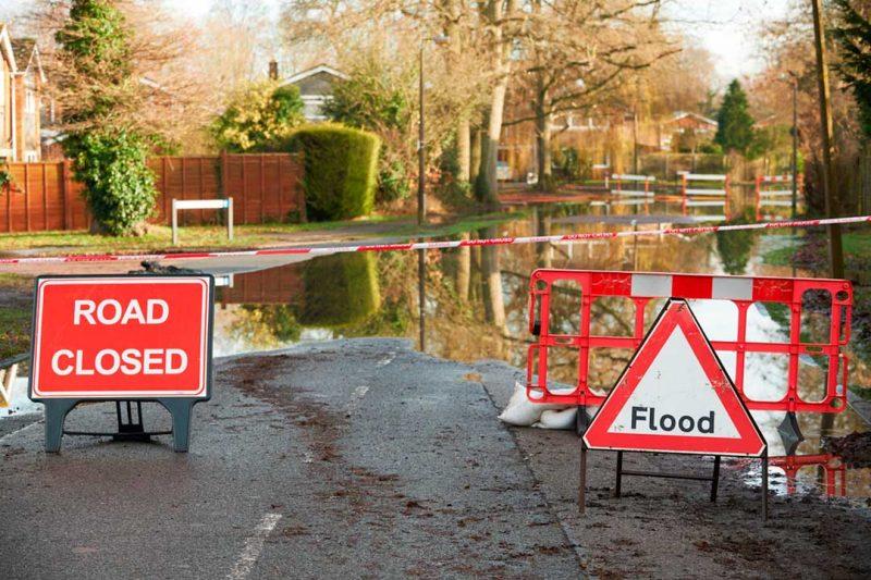 Un desastre natural puede afectar también al normal funcionamiento de los medios de transporte público.
