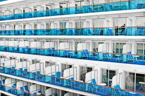 uno de los errores al viajar en crucero es no contratr un seguro médico y de viaje específico