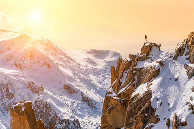 El Mont Blanc es una de las montañas favoritas de los que viajan para practicar deportes y, a la vez, disfrutar de la belleza del paisaje, la cual podemos apreciar en esta foto del Instagram de InterMundial.