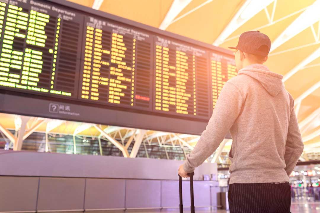 ¿Cómo funcionan las escalas en los aeropuertos?