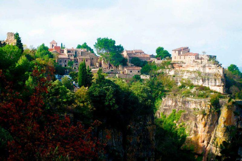 El Prioras es un buen destino donde viajar en octubre con niños por España