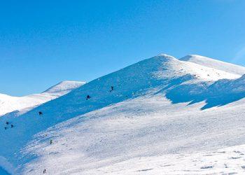 Estas son las estaciones españolas donde esquiar barato