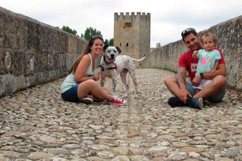 Viajar con niños y con su perro, los propósitos de año nuevo de Los Viajes de Alba