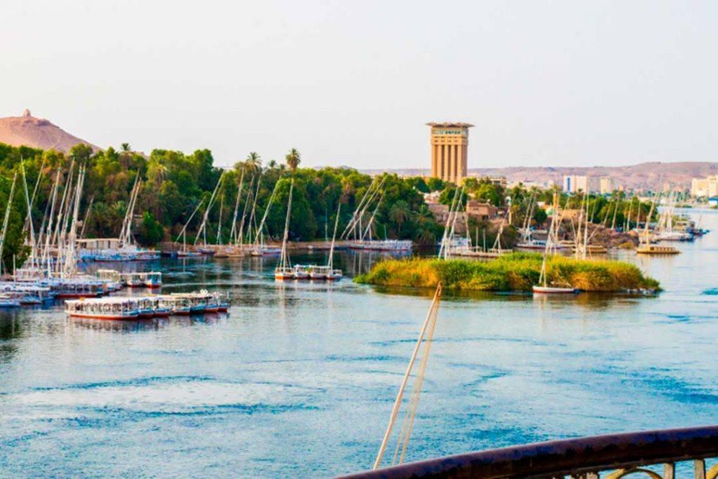 Un crucero por el Nilo es uno de los planes más disfrutados por quienes viajan a Egipto en verano